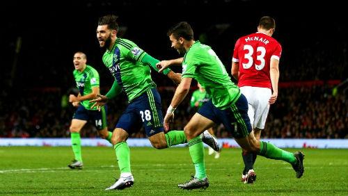MU - Southampton: Đòn đau cuối trận - 1