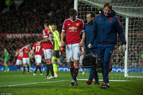 MU thua đau Southampton, Van Gaal nhận lỗi về mình - 2