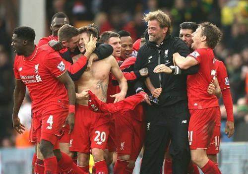 Thắng kịch tính, Klopp chê hàng thủ Liverpool quá tệ - 1