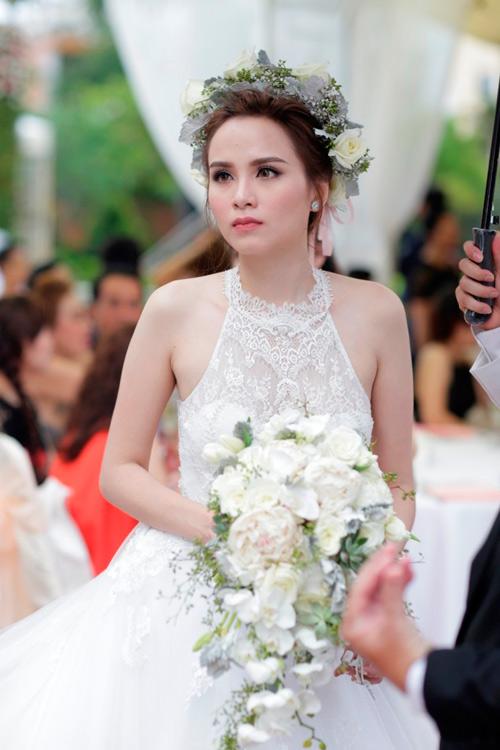 Những người đẹp Việt có con rồi mới chịu cưới - 9