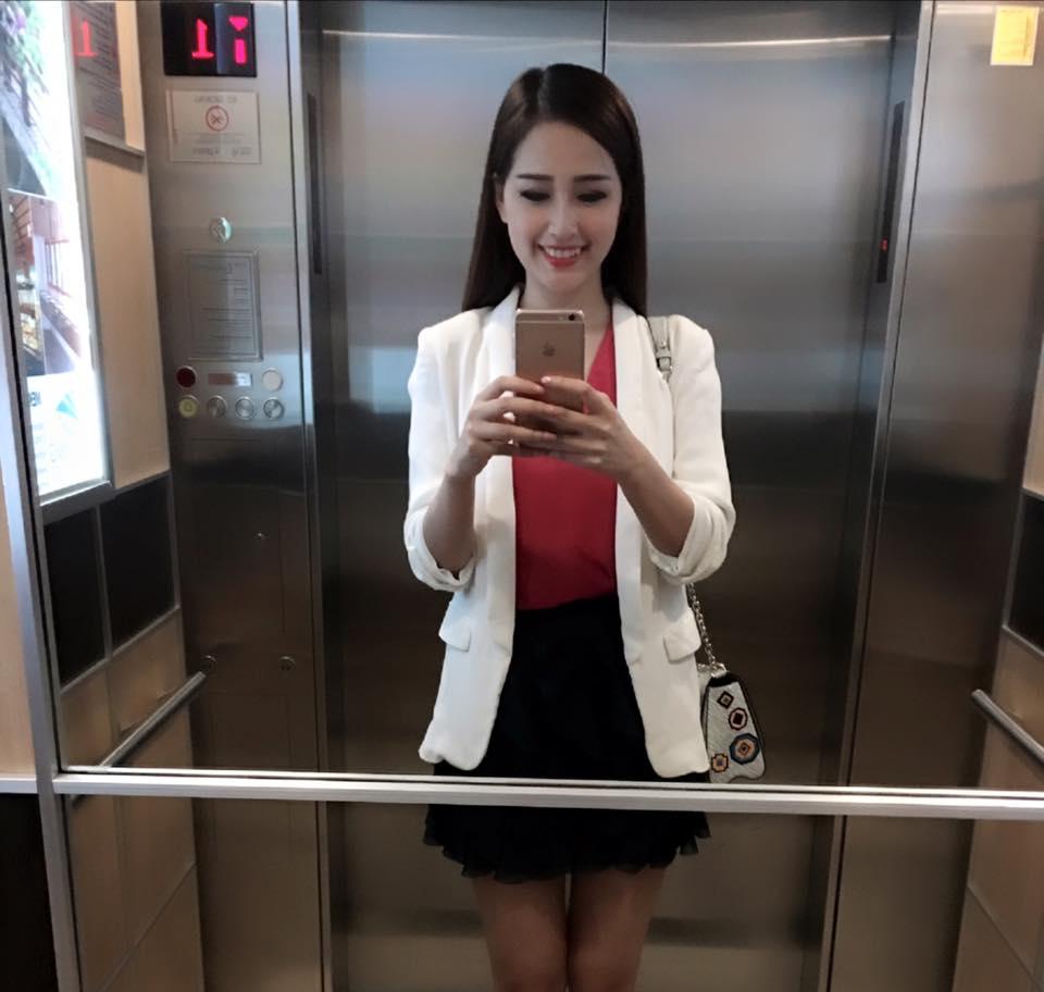 Facebook sao 24/1: Vợ chồng Tâm Tít trao nụ hôn 'tái tê' - 8