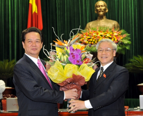 Thủ tướng xin rút để dồn tín nhiệm cho Tổng Bí thư - 1