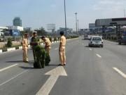 An ninh Xã hội - Trộm ô tô đặc chủng của CSGT, bỏ chạy gây náo loạn QL1