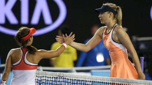 Tennis 24/7: Federer & Sharapova cán mốc mới - 2