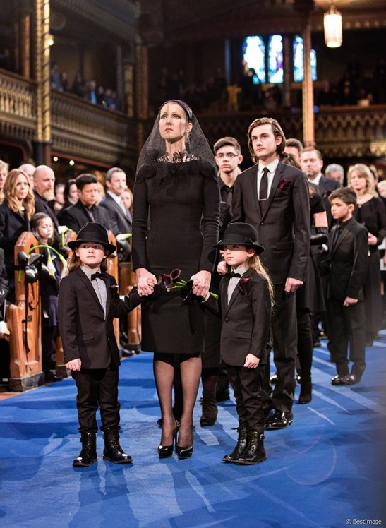 Hai khoảnh khắc rơi lệ trong tang lễ chồng Celine Dion - 3