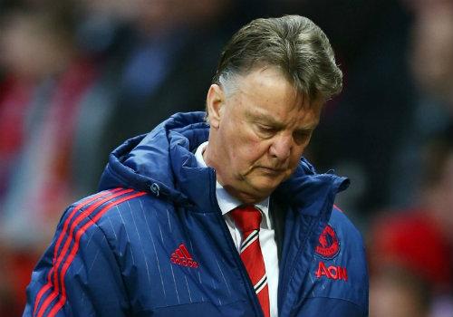 """Mourinho sốt ruột, """"siêu cò"""" giục MU sa thải Van Gaal - 2"""