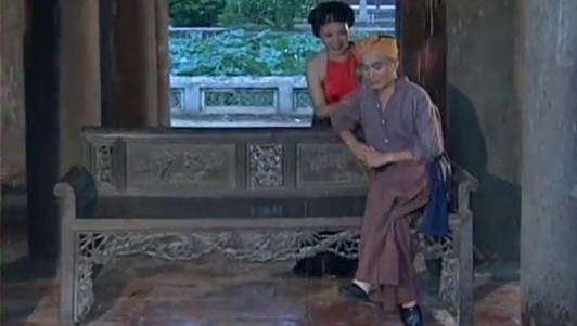 """Xuân Hinh hát ca khúc """"Chân quê"""""""