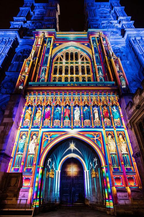 Lạc trong thánh đường ánh sáng ở London - 1