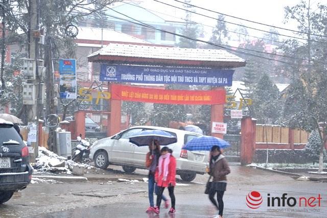Hàng chục nghìn học sinh Lào Cai nghỉ học vì băng tuyết - 1