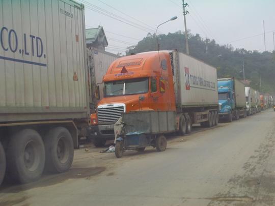 Rét kỷ lục, nông sản ùn ứ tại cửa khẩu Tân Thanh - 1
