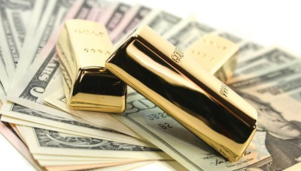 Đầu tuần, vàng tăng nhẹ, USD tiếp tục giảm - 1