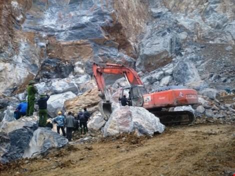 Khởi tố vụ án sập mỏ đá tại Thanh Hóa làm 8 người chết - 1