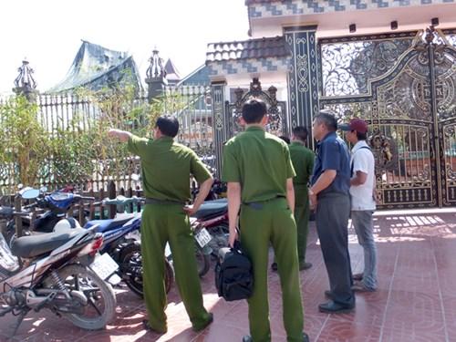 Tướng công an tới biệt thự của 2 vợ chồng bị sát hại - 2