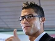 Mê mệt với những kiểu tóc điệu đà của Ronaldo