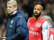Bóng đá - Tin HOT tối 25/1: Henry chê bai chiến thuật của Wenger
