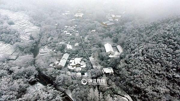 Tuyết phủ trắng xóa, Trung Quốc đẹp như trong phim - 1