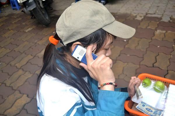 Một ngày của cô gái bại liệt bị lợi dụng đi xin tiền - 5