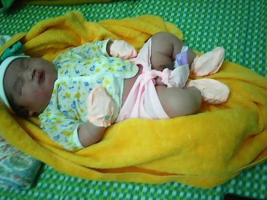 Quảng Nam: Thêm một bé sơ sinh nặng hơn 5 kg chào đời - 2