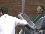 Thể thao - Federer há hốc mồm cổ vũ Sharapova chơi bóng bền