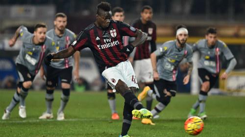 "Alessandria - AC Milan: ""Ngựa chứng"" lập công - 1"