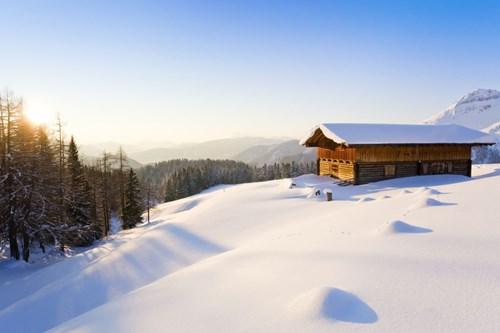 """Đẹp """"tê tái"""" những ngôi nhà ẩn mình trong tuyết trắng - 9"""