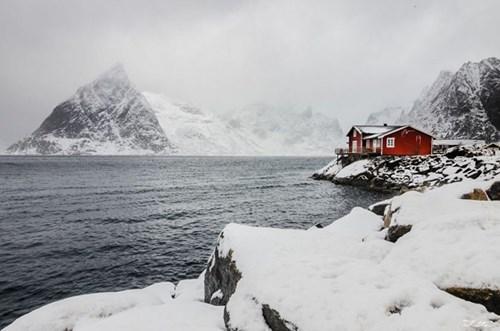"""Đẹp """"tê tái"""" những ngôi nhà ẩn mình trong tuyết trắng - 6"""