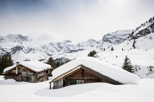 """Đẹp """"tê tái"""" những ngôi nhà ẩn mình trong tuyết trắng - 7"""