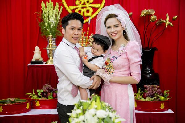 'Mốt' cho con xuất hiện trong đám cưới của sao Việt - 9