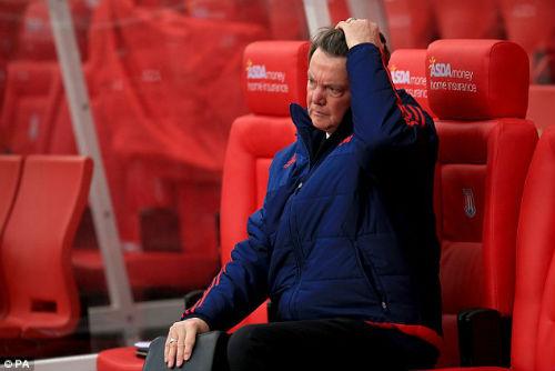 Nếu Mourinho đến MU, sếp bự lo Giggs ra đi - 1