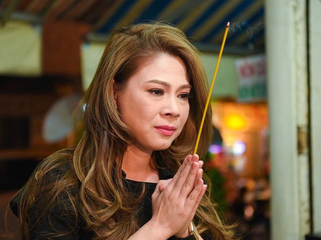 Sao Việt ngậm ngùi tiễn biệt bầu show nổi tiếng Sài Thành - 5