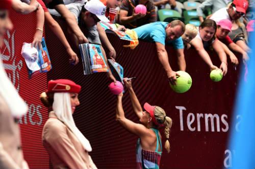 Australian Open ngày 10: Raonic thăng hoa - 8