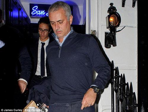 Pochettino xứng đáng dẫn dắt MU hơn Pep - Mourinho - 4