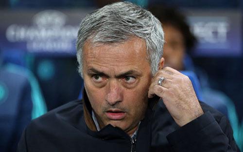 Pochettino xứng đáng dẫn dắt MU hơn Pep - Mourinho - 3