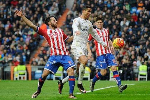 Ngôi sao vừa nhanh vừa khỏe: Sanchez đọ Ronaldo, Bale - 3