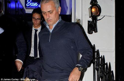Pochettino xứng đáng dẫn dắt MU hơn Pep - Mourinho - 2