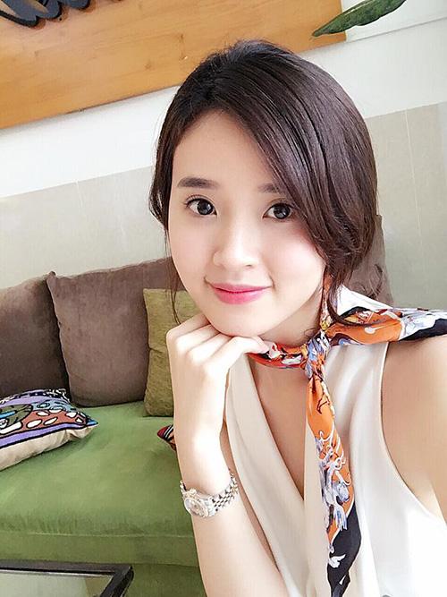 Facebook sao 28/1: Hiệp Gà tươi rói bên bạn gái xinh đẹp - 7