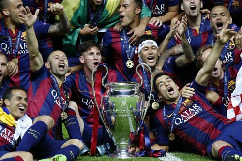 10 khoảnh khắc 2015: Boateng ngã nhoài vì Messi - 3