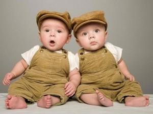 Bí ẩn ngôi làng có hơn 60 cặp sinh đôi tại Ukraine