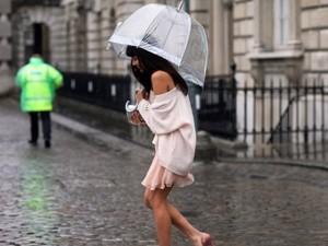 Ô đẹp còn hơn một phụ kiện che mưa nắng