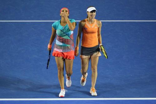 Australian Open ngày 12: Huyền thoại Hingis vô địch đôi nữ - 3