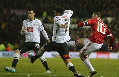 Ghi bàn sòn sòn, Rooney được fan ủng hộ tranh QBV - 1