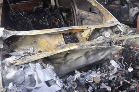 Ảnh: 5 siêu xe cháy trơ khung trong vụ cháy ở Sài Gòn - 3