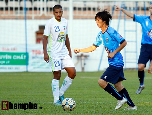 HAGL - Yokohama FC: Tâm điểm Tuấn Anh - 2