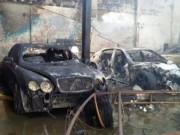 Tin tức trong ngày - Ảnh: 5 siêu xe cháy trơ khung trong vụ cháy ở Sài Gòn