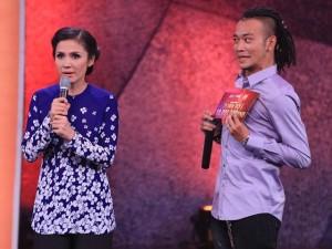 Việt Trinh tự nhận mình... ngu trước MC Hoàng Phi