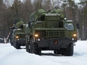 Ngắm hệ thống tên lửa S-400 Triumf bảo vệ bầu trời Moscow