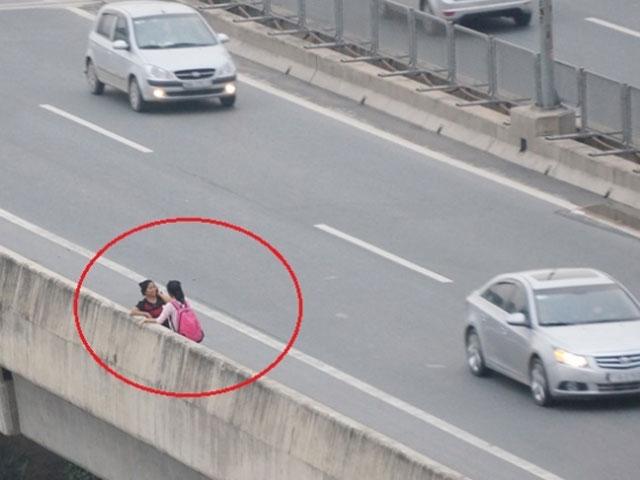 Hôm nay, xử phạt người đi bộ vi phạm giao thông - 1