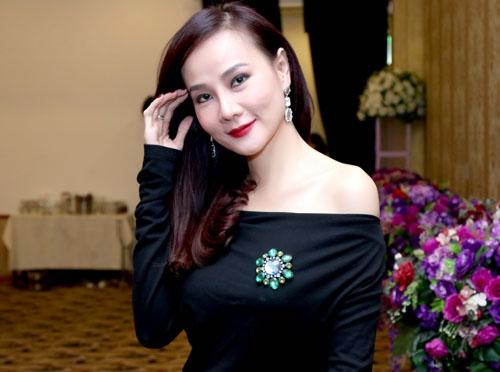 Thảo Trang khoe bồng đào sexy sau 1 tháng 'nâng cấp' - 5