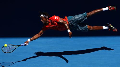 Những cái NHẤT Australian Open: Đập vợt, khóc và đẹp - 2