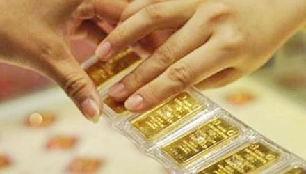 """Cận Tết, vàng và USD """"rủ nhau"""" tăng giá - 1"""